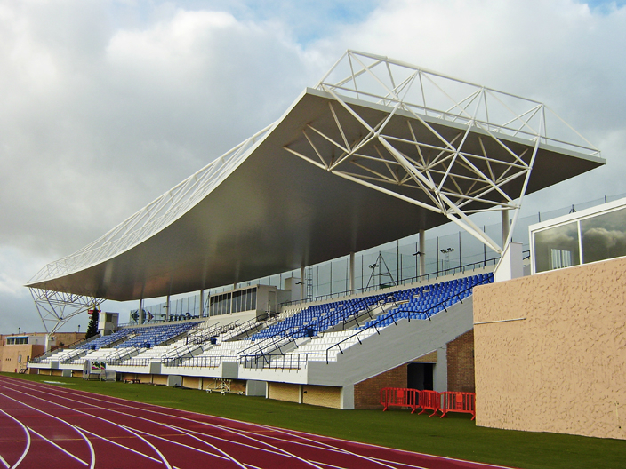 Cantilever Roof Structure
